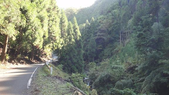 2012.10.24 持越峠への道