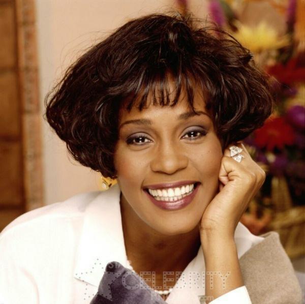 Whitney-Houston-whitney-houston-29026106-888-885_copy.jpg