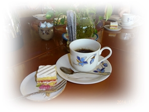 DSC00517心尽くしのお茶