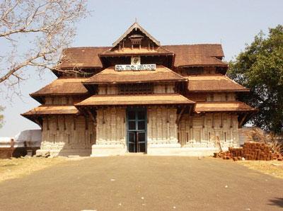 ケララの木造寺院