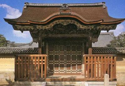 大徳寺唐門(写真)