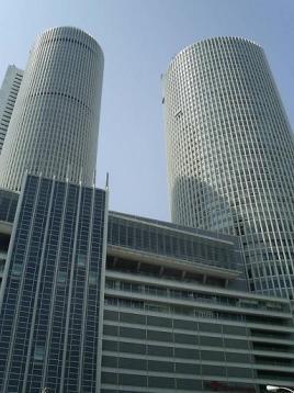50タワー.JPG