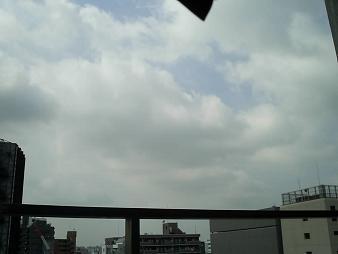 08/25 大阪の空.JPG