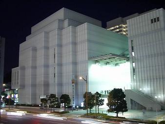 よこすか芸術劇場.JPG