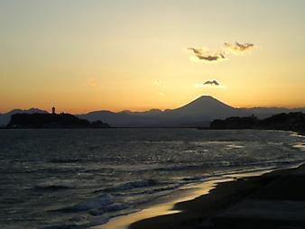 江ノ島と富士山 (7).JPG