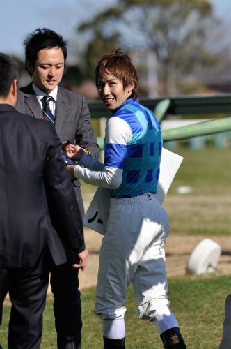 田辺裕信騎手
