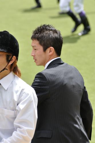 120512角田晃一調教師3