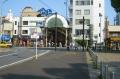 前の道が旧横浜橋
