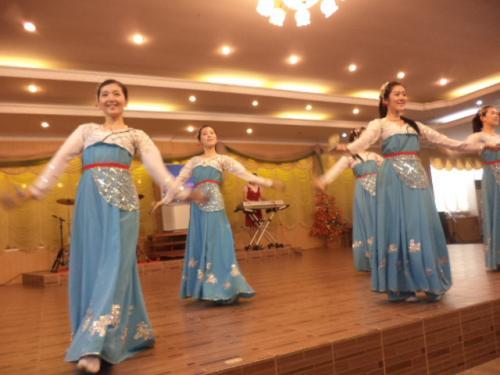 別の5人の踊り DSC01997_convert_20130112024609