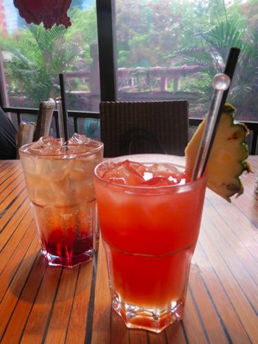 Island Cafe2