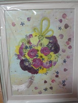 和装のブーケの押し花の額