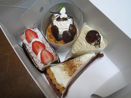 関のケーキ1