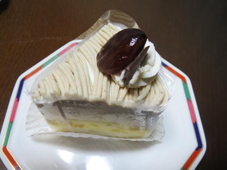関のケーキ4