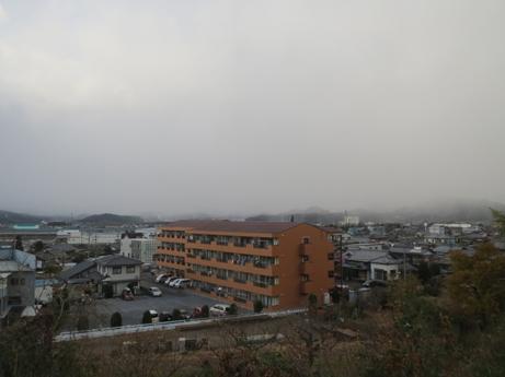 12 8土曜日雪の予感2