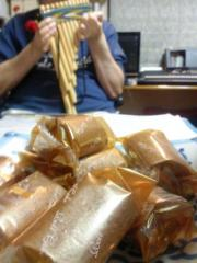 petit roll cake & panflute