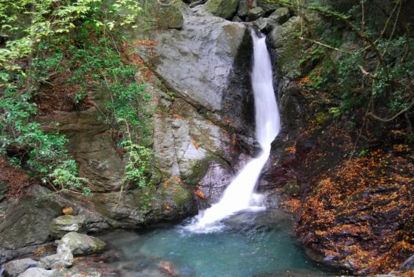 雨乞いの滝4
