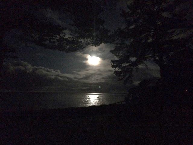 月明かりのエサレン研究所2