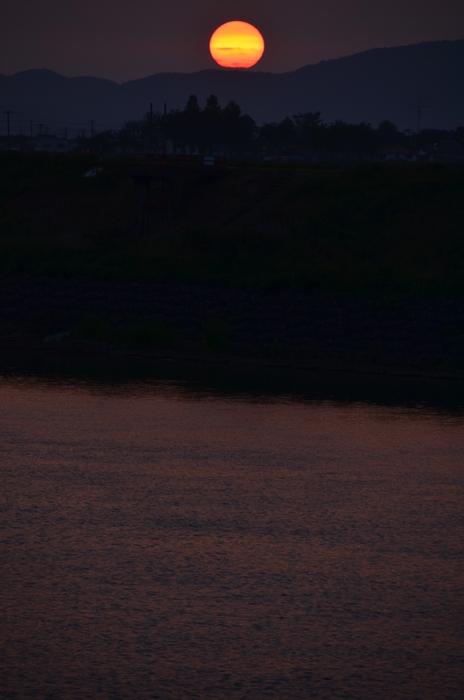今日の夕陽 沈む夕陽