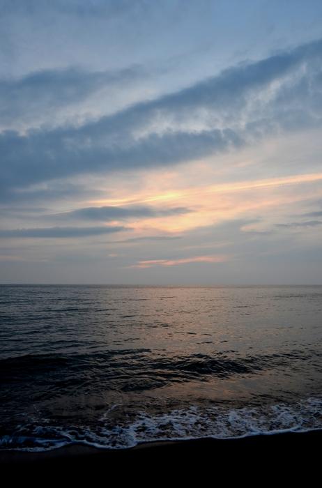 今日の夕陽 海にて 3