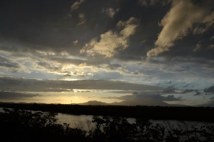 今日の夕陽 台風一過 2