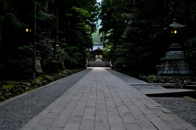 神社 夕闇-1