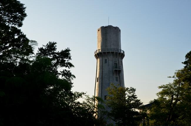 水道塔 夕焼け-1