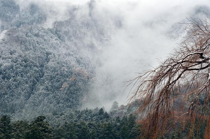 初雪 山-3