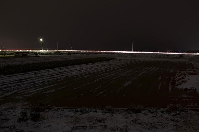 夜の雪-1
