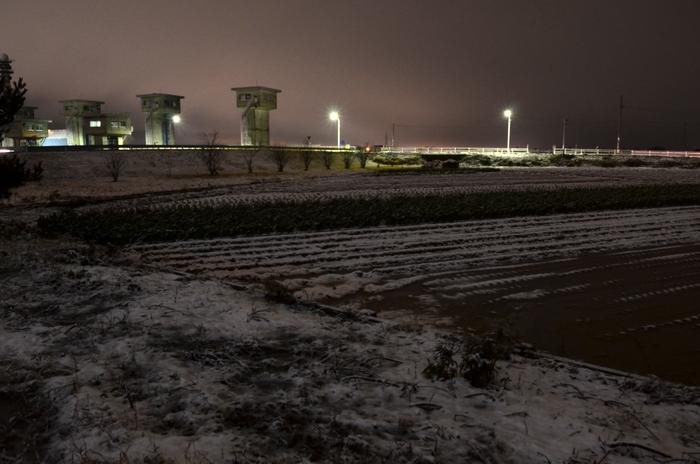 夜の雪-3