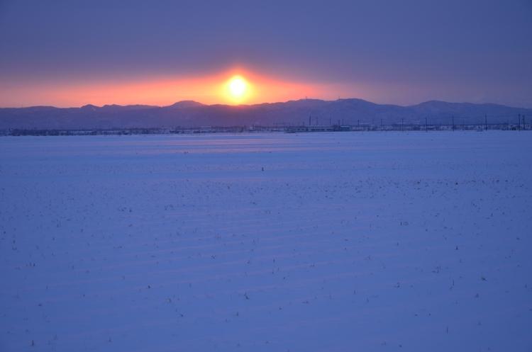 雪の朝焼け-2