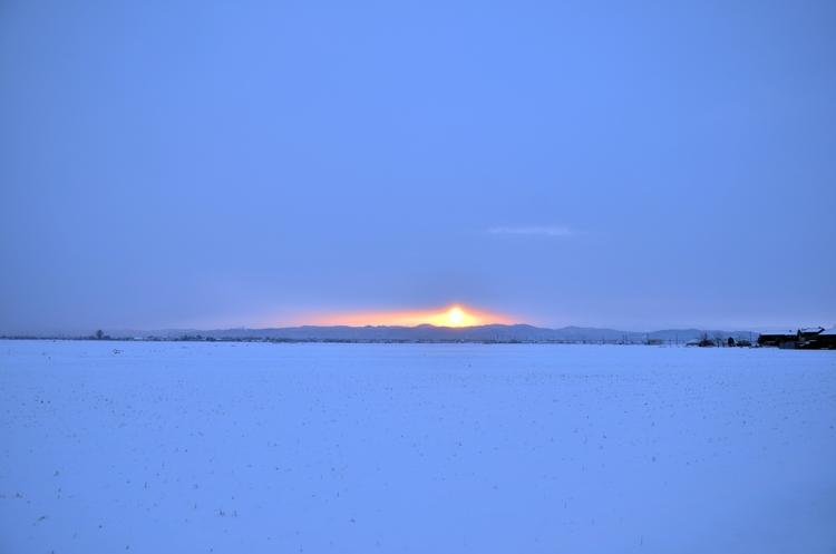 雪の朝焼け-1