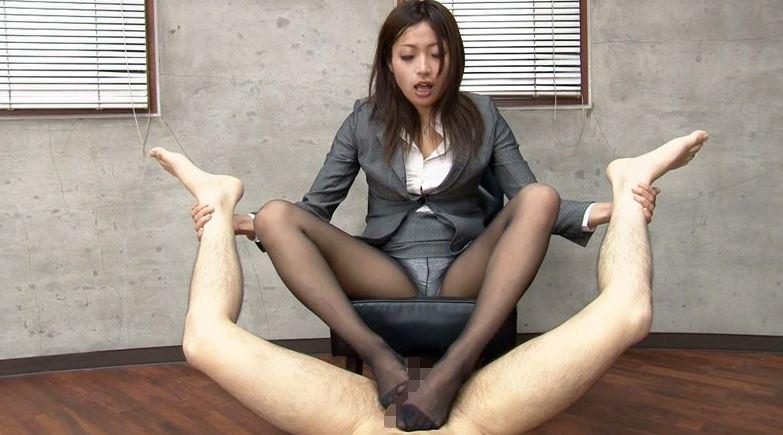 淫脚乱舞 オフィスレディの魅惑の社内脚コキのサンプル脚フェチDVD画像2