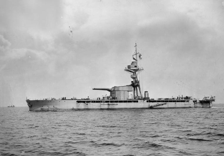 HMSMarshalNeyUnderwayPortsideView1915.jpg