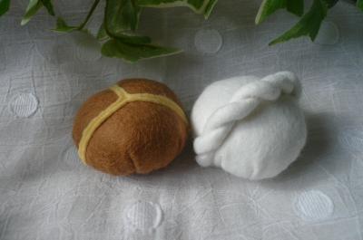 三色パンとねじりパン