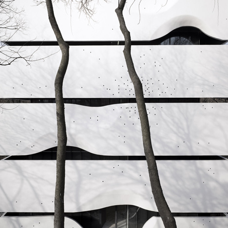Dezeen_Blockhouse-by-AZL-Architects_7.jpg