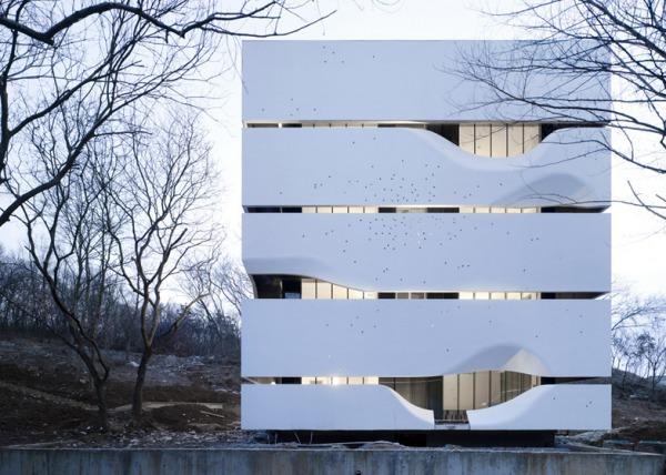 Dezeen_Blockhouse-by-AZL-Architects_ss_1.jpg