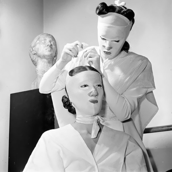 vintage-beauty-salon-equipment-10.jpg
