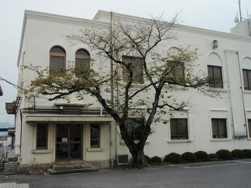 豊郷町役場