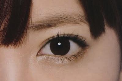 こじはるの目