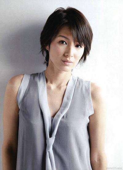 吉瀬美智子のバストアップ画像