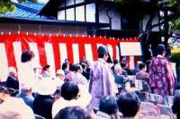 小簾紅園(春の例祭)