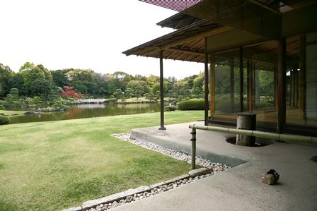 2011-10-08 華2581