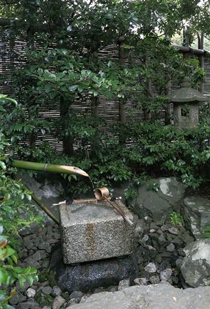 2011-10-08 華2577