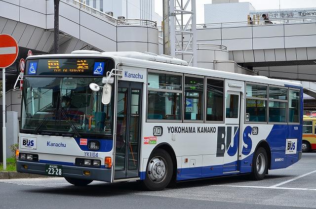 KL-HU2PMEE 横浜神奈交バス YK11...