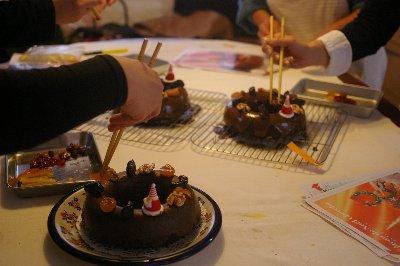 クリスマスケーキ2013作成中