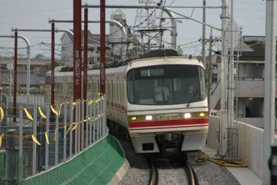 369列車