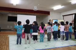 岩手県 大槌町 堤乳幼児保育園 移動映画館 映画 CINEMA 1