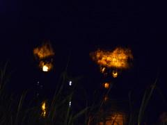 夜闇の岩窟墓