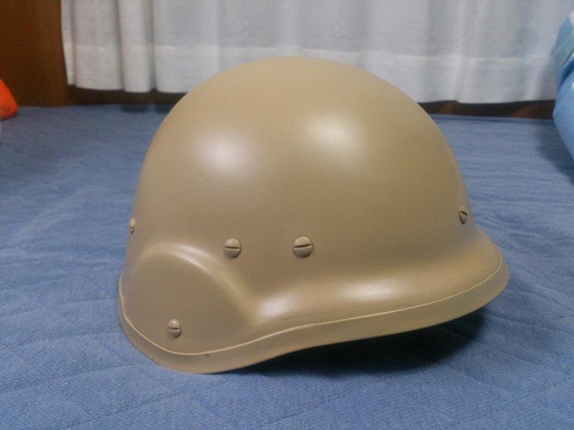 鉄帽塗装後