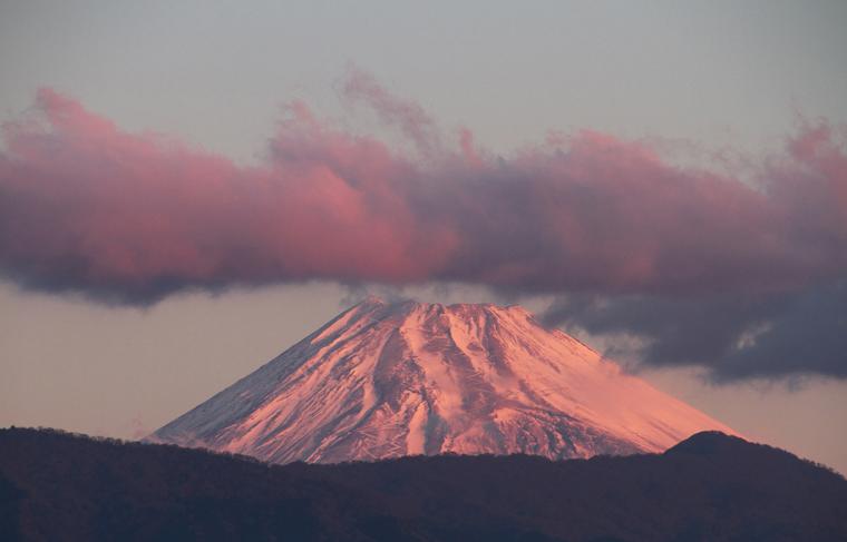 12日 6ー45 今朝の富士山-1